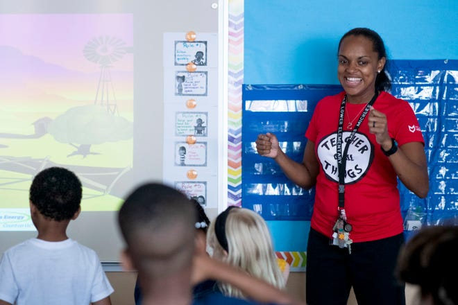 Kindergarten teacher Diana Mickles leads a song and dance about counting at Ferndale Lower Elementary School in Ferndale. A kindergarten teacher opening in the district posted on August 28 attracted more than 50candidates in four days.