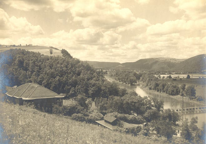 Rorick's Glen, shown in 1905 on the south side of the Chemung River.