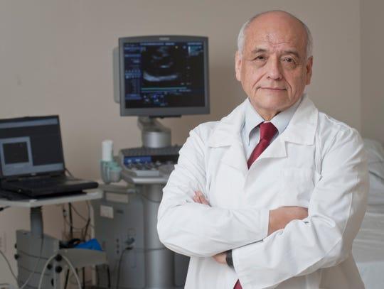 Dr. Adolfo Correa