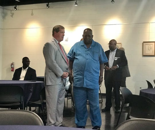 Karl Dean speaks with Rev. Hardold Middlebrook at the Beck Cultural Exchange Center on Friday, September 7, 2018.