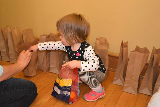 Families can work with Kids Working to Succeed to pack lunches.