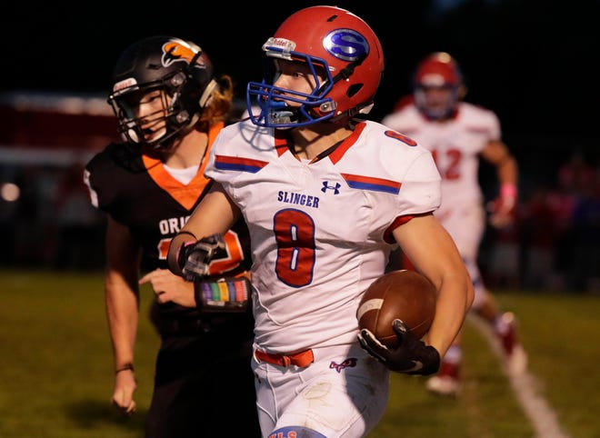 Slinger, with the help of running back Logan Homberg, hopes to win its first league title in 21 years with a victory over Homestead.