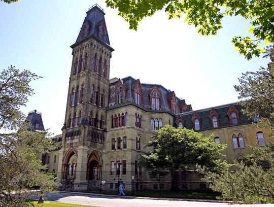 Work to convert Old Main and other buildings at Milwaukee's historic Soldiers Home grounds is to begin soon.
