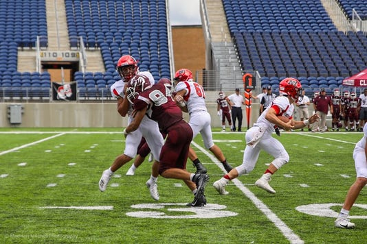 Clifton Nj Football Defeats Northern Highlands 28 14 In Ohio