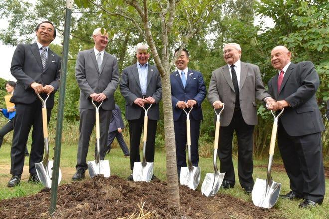 From left: Mitsuhiro Wada, Consul General of Japan; Jeff Dwyer, Director-MSU extension; Gov. Rick Snyder, Taizo Mikazuki, Governor of Shiga Prefecture; Oakland County Executive L. Brooks Patterson; and Novi Mayor Bob Gatt.