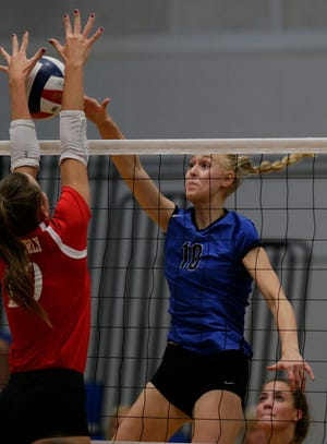 Oshkosh West Wildcats played host to the Kimberly Papermakers in volleyball, September 6, 2018, in Oshkosh, Wis.  The Papermakers beat the Wildcats 3 -2.