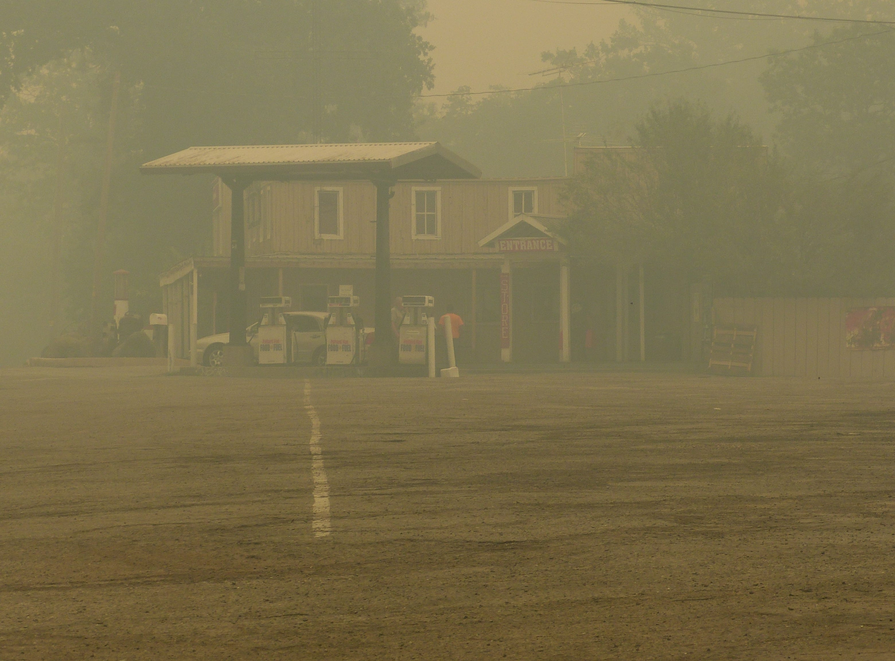 A blanket of thick smoke filled the air Friday near the Pollard Flat Food and Fuel.