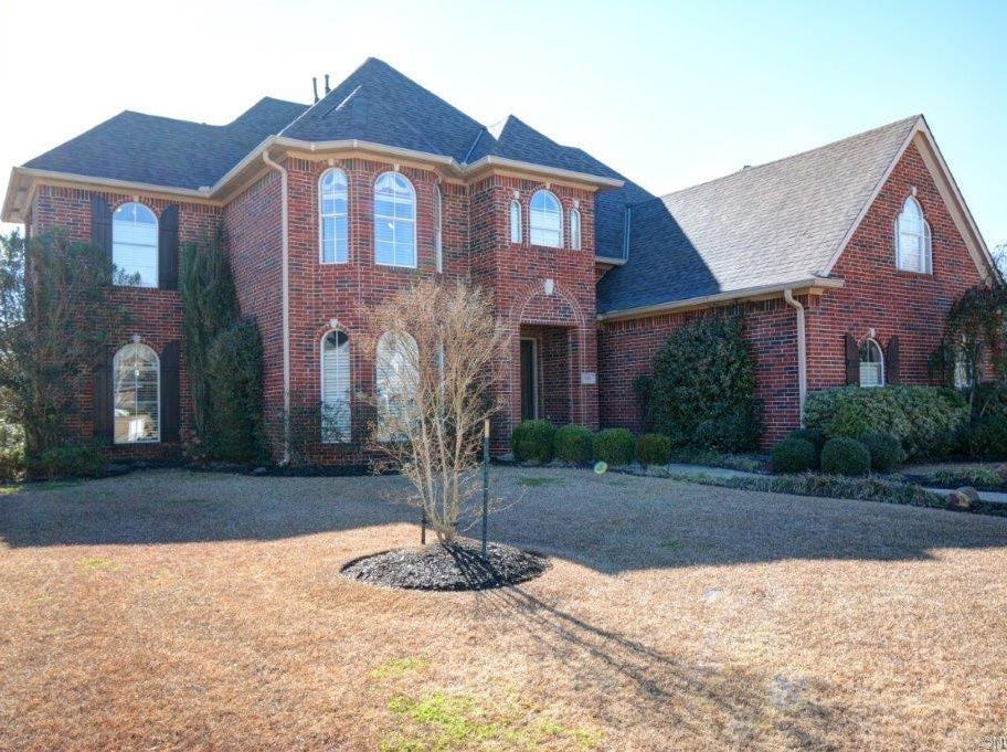 553 Hunters Run,   Bossier City  Price: $455,000  Details: 4 bedrooms, 3.5 bathrooms, 3,560 square feet  Special features: Accepting all offers in Stonebridge, master suite is down, generously sized bedrooms.  Contact: Holly Harris, 393-8122