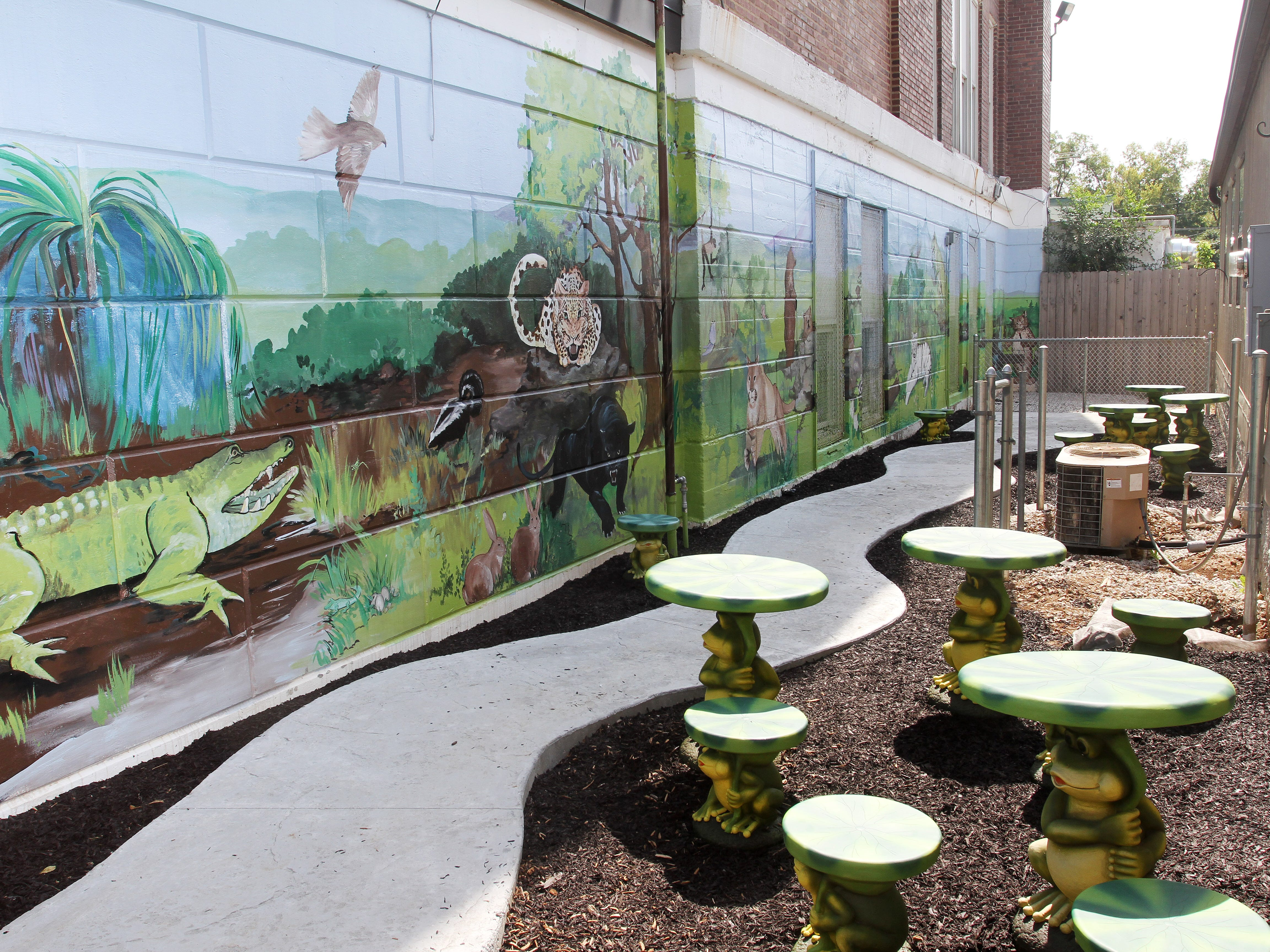 The outdoor reading area at Boyd Elementary School is one way the school has made creative use of limited space.