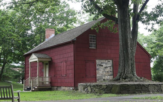 The Purdy House served as George Washington's headquarters during the 1776 Battle of White Plains. Originally located on Spring Street, it was moved to Park Avenue, atop Purdy Hill, in 1977. Now completely restored, the house serves as home to the White Plains Historical Society and  is the site of various events throughout the year. Spring Street no longer exists.