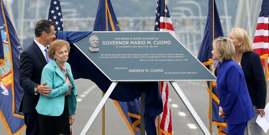 Governor Andrew Cuomo, his mother Matilda, Secretary Hillary Rodham Clinton and Joanne M. Mahoney unveil the plaque during the grand opening of the second span of the new Governor Mario M. Cuomo Bridge, Sept. 7, 2018.