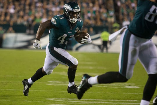 Eagles running back Darren Sproles (43) runs toward the sideline Thursday night at Lincoln Financial Field. The Eagles defeated the Falcons 18-12.