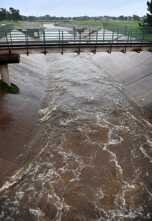 The city of Wichita Falls and one of their contractors are undergoing cleanup efforts after thousands of gallons of raw sewage accidentally made its way into Holliday Creek.