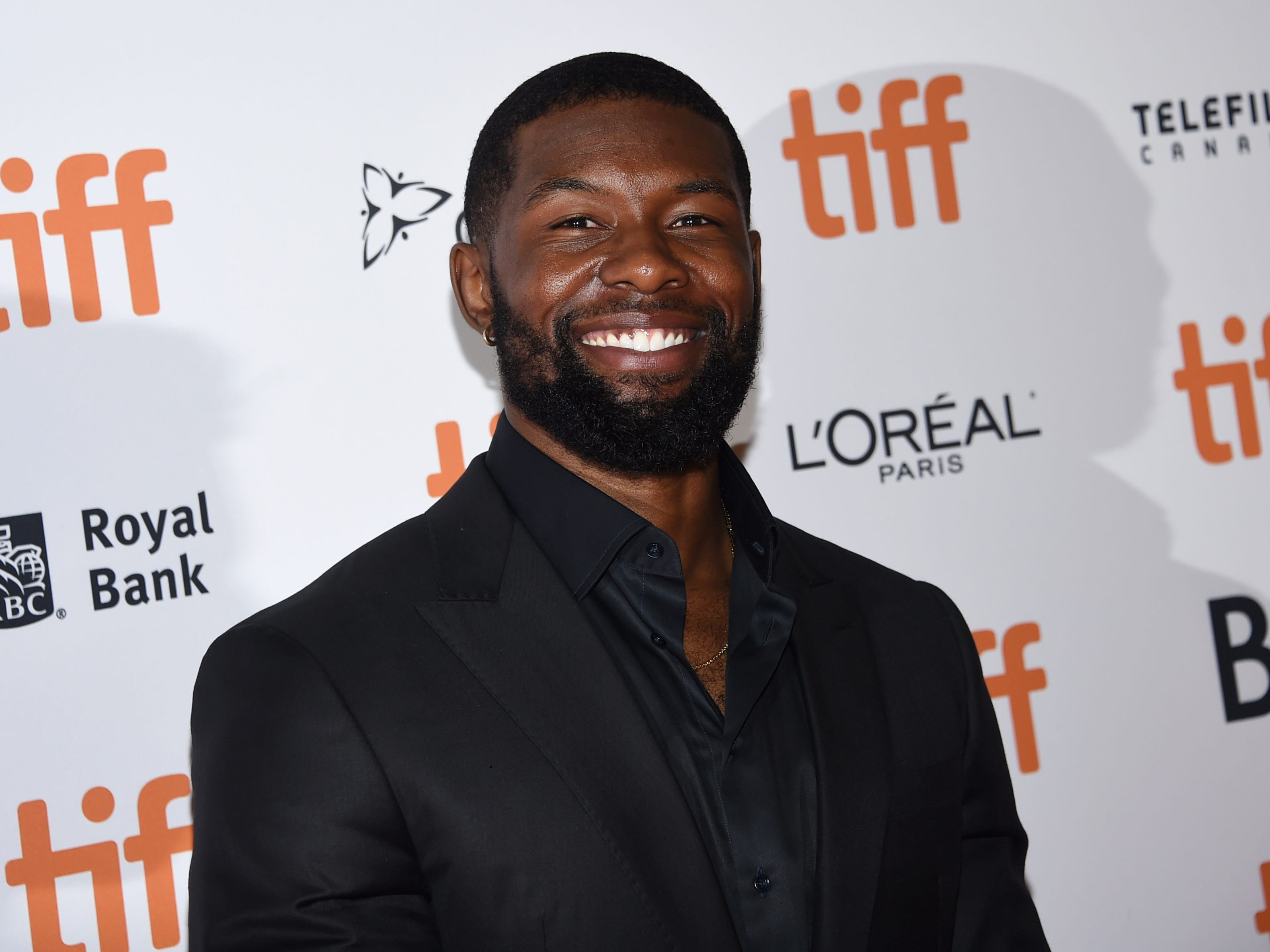 """Moonlight"" breakout Trevante Rhodes takes on alien hunters in ""The Predator."""