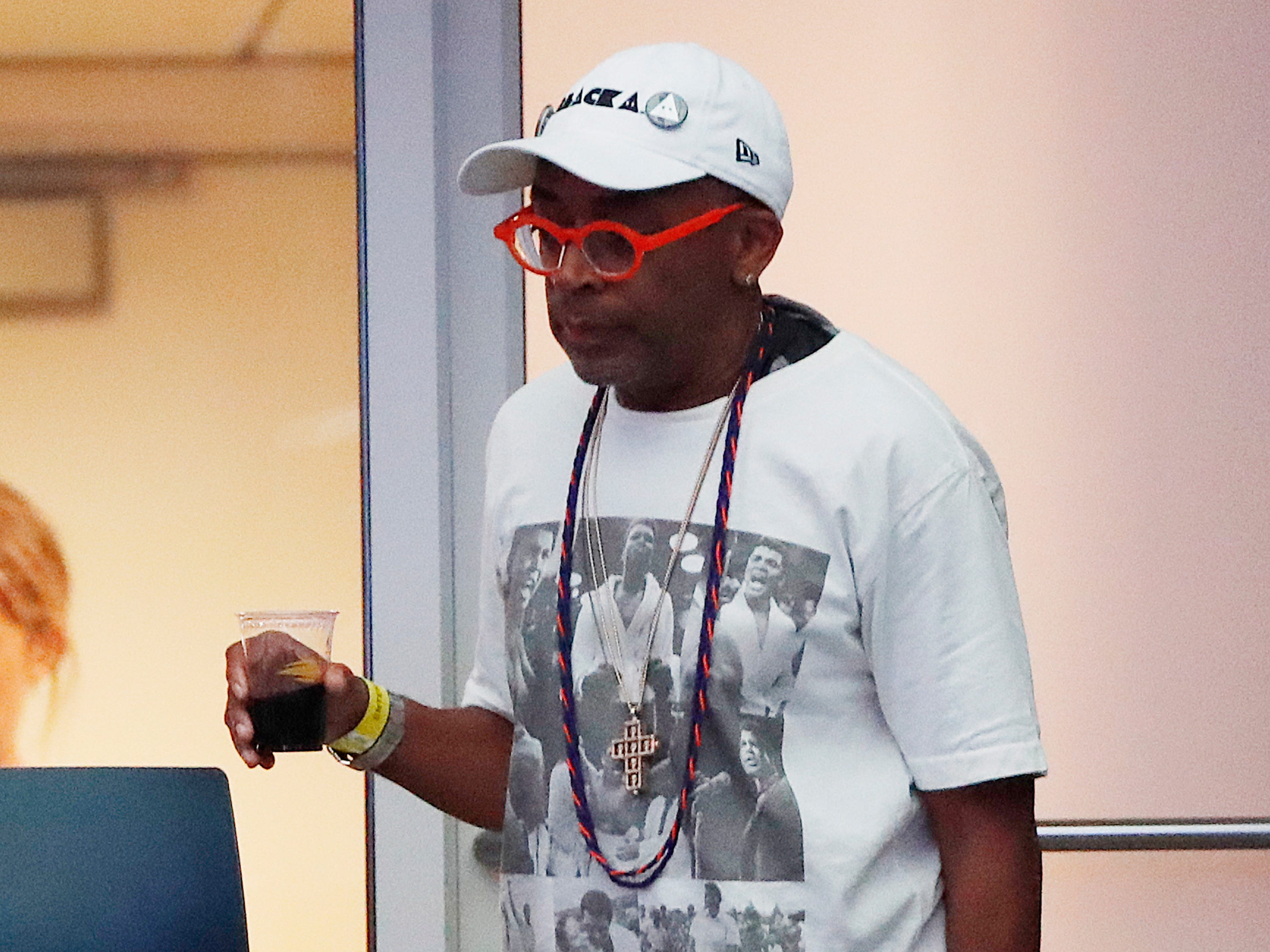 Spike Lee watches the semifinal match between Serena Williams and Anastasija Sevastova.