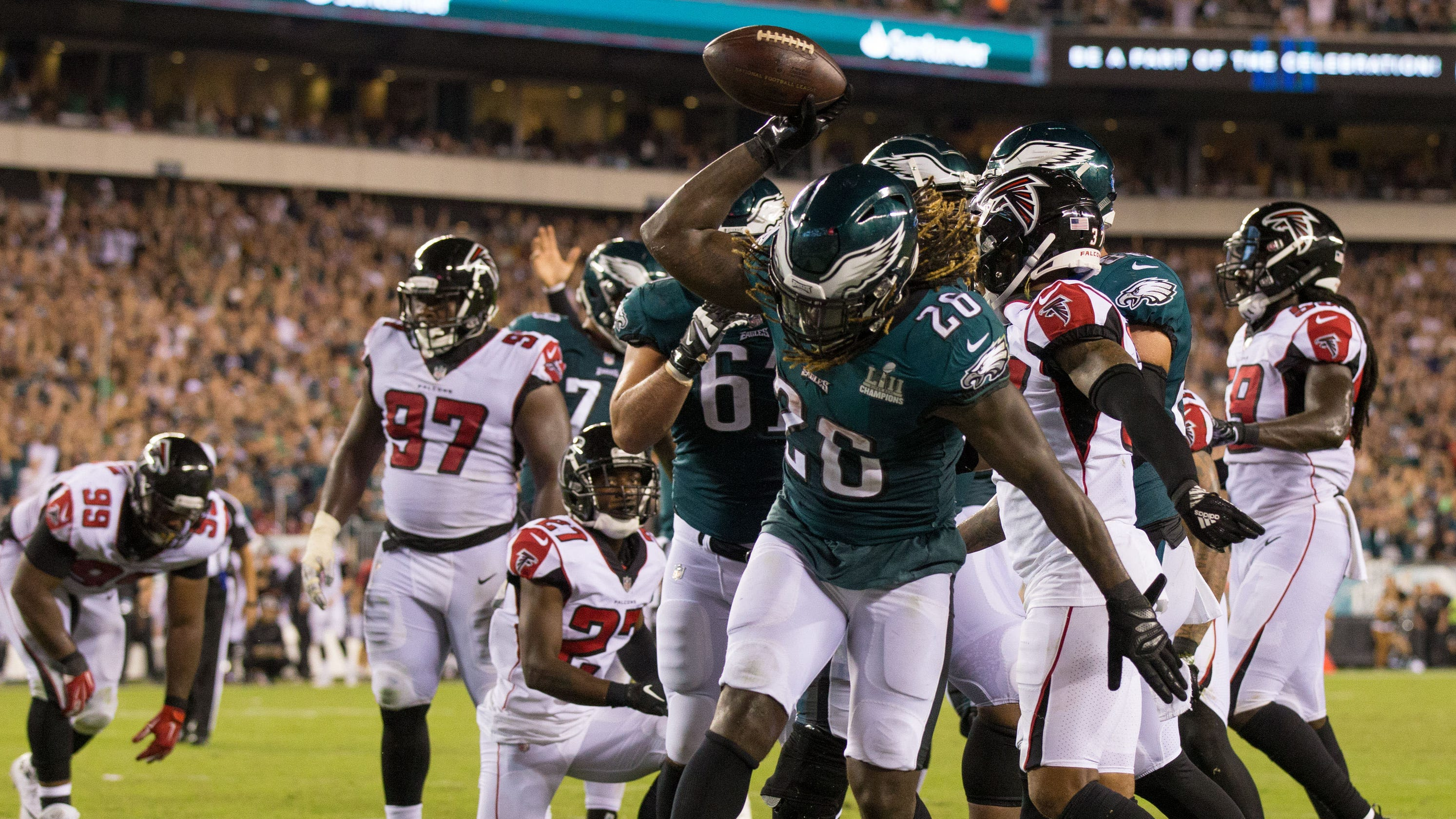 d7b2348f Eagles deny Falcons' last-second push to seal win in NFL season opener