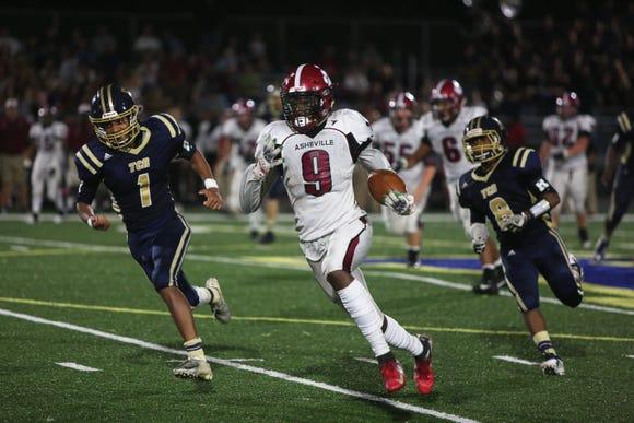 Asheville High visits Roberson on Sept. 7, 2018. Asheville won, 56-12.