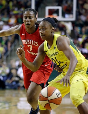 Seattle Storm guard Jewell Loyd scored 23 points on 9-of-12 shooting in her team's 89-76 win on Friday.
