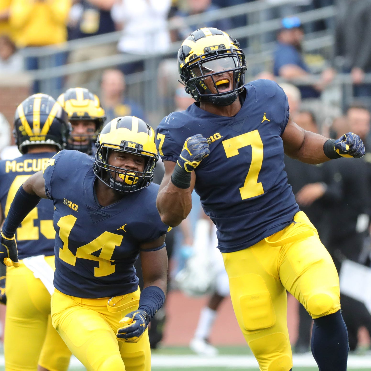 Michigan football: Khaleke Hudson ejected for targeting — again