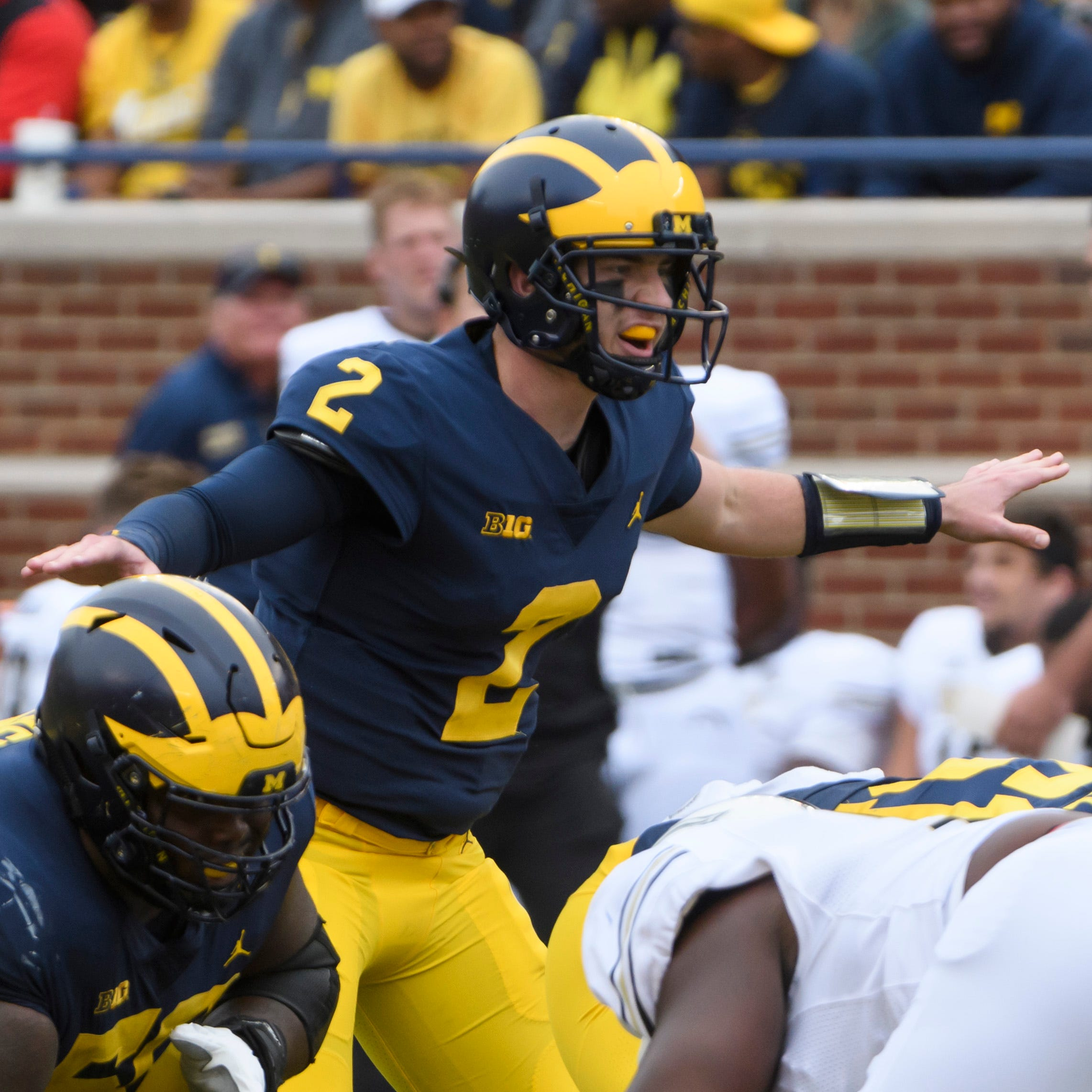 Shea Patterson 'comfortable,' growing in Michigan offense