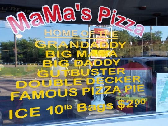 You'll find Mama's Pizza on Green St., immediately after the exit from highway 41.