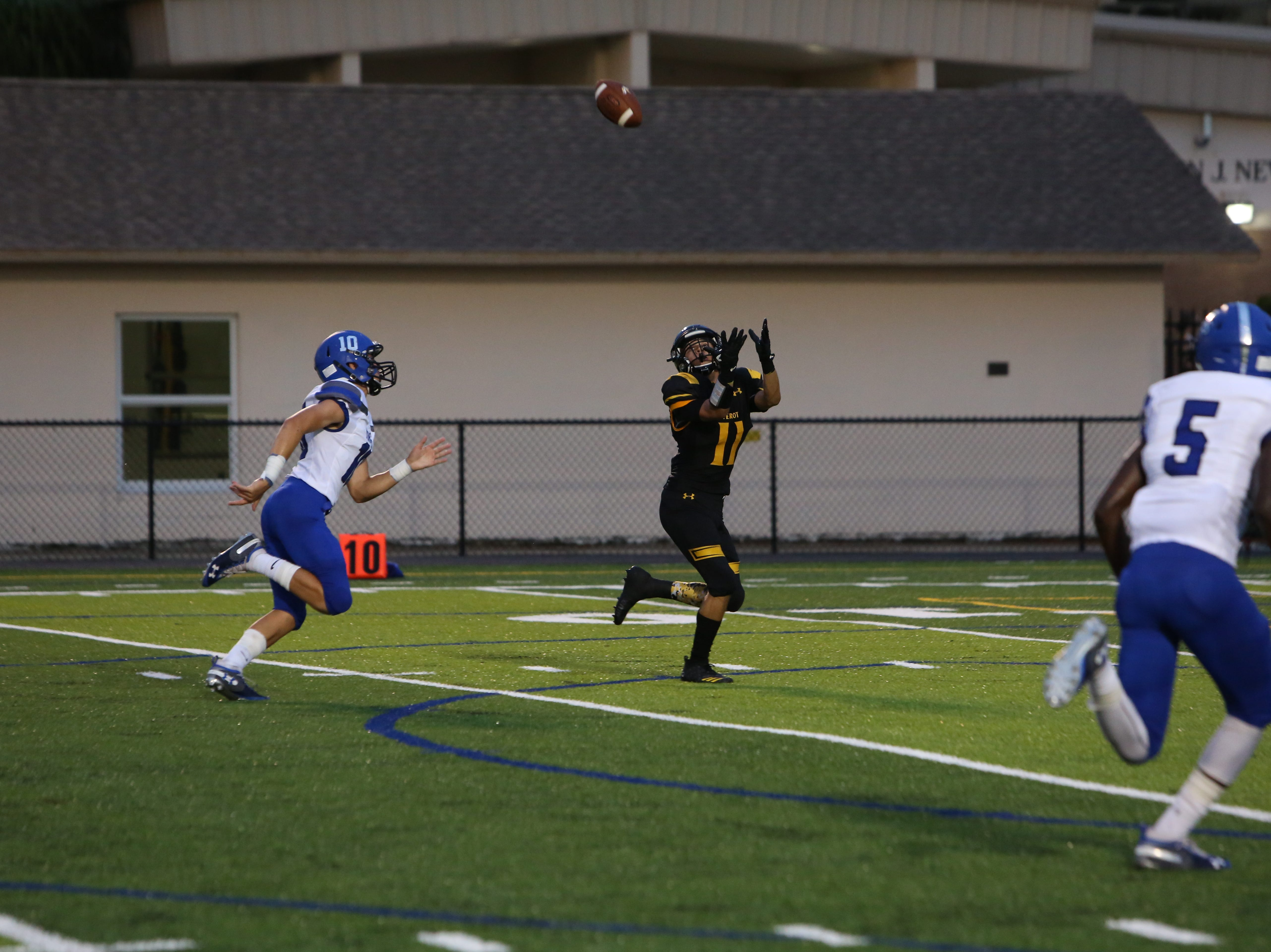 Jaidin Brown hauls in a 41-yard TD pass from Bishop Verot against laneland Christian.