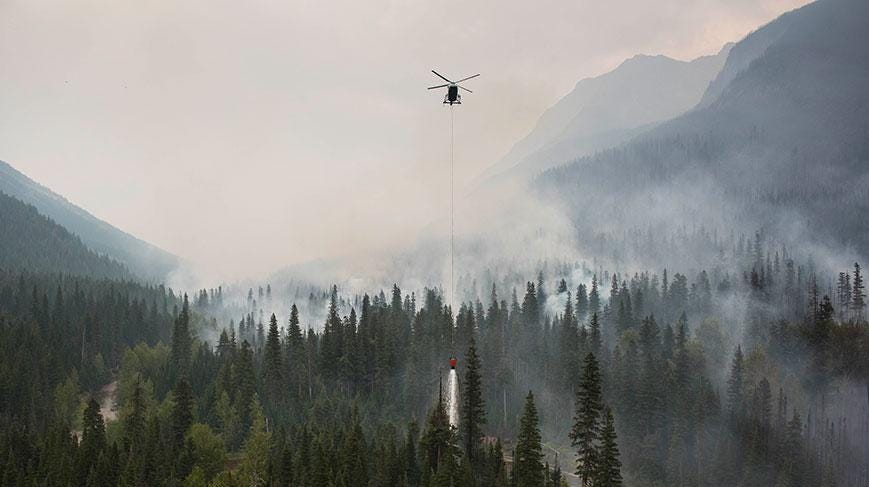 The fire quickly grew by 1,000 acres Friday afternoon.