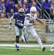 Mississippi State's Nick Fitzgerald (7) picks up a big gain on a run in the first quarter. Mississippi State and Kansas State played in a college football game on Saturday, September 8, 2018, in Manhattan, Kansas. Photo by Keith Warren/Madatory Photo Credit
