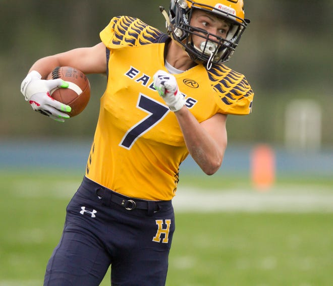 Reece Potter ran for three touchdowns for Hartland in a 42-20 victory over Northville.