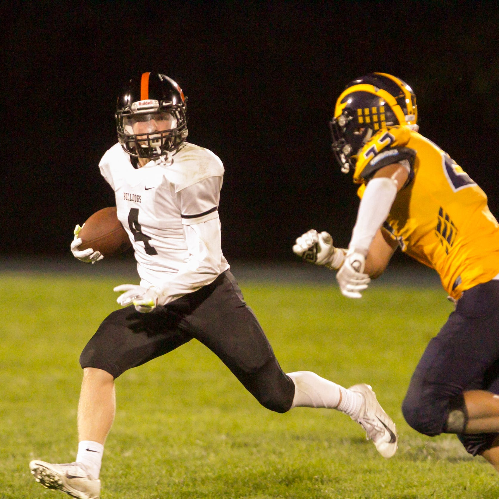 Livingston County high school football scores for Week 3