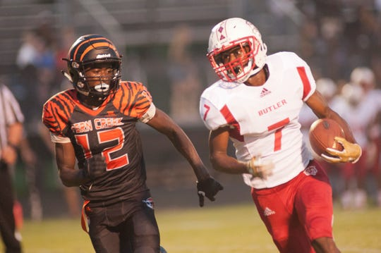 Butler's Demontae Crumes runs vs. Fern Creek. Sept. 7, 2018