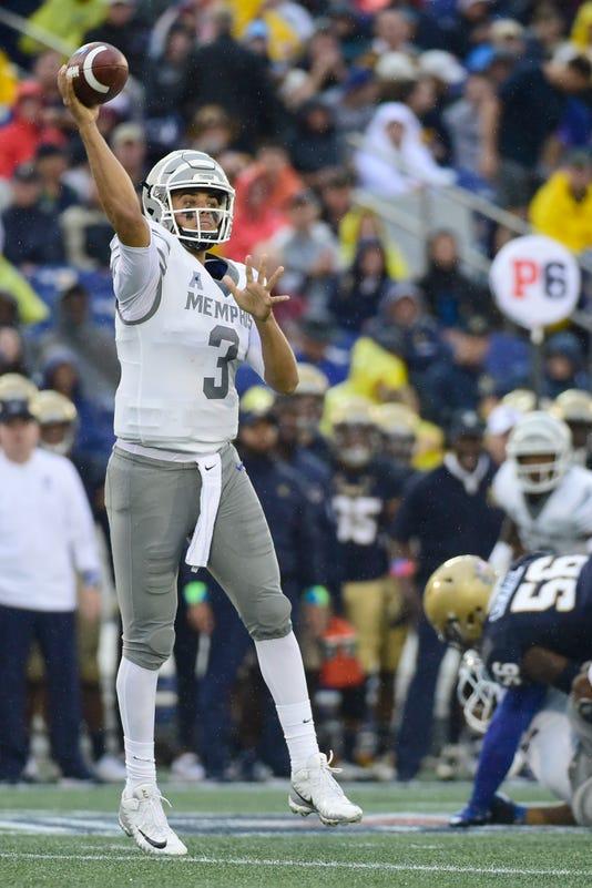 Ncaa Football Memphis At Navy