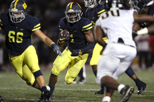 Lausanne's Eric Gray runs the ball against Whitehaven at Rhodes College on Friday, Sept. 7, 2018.