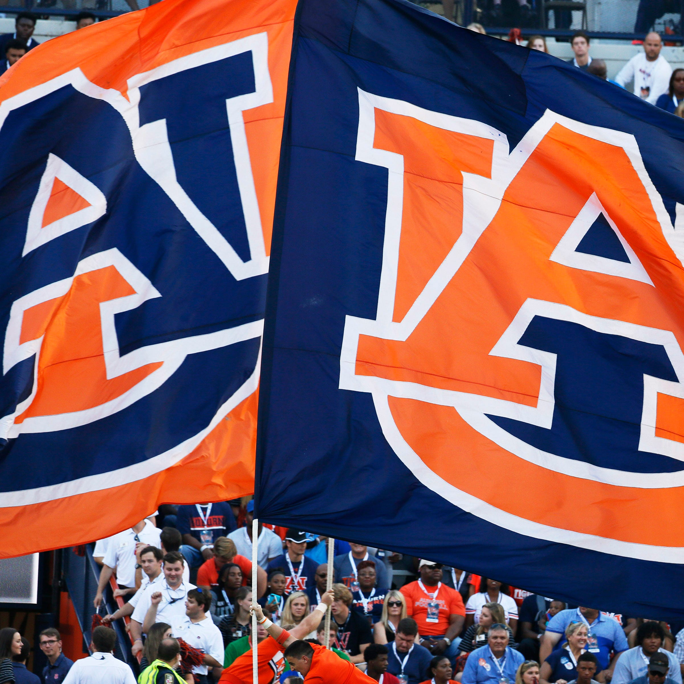 LIVE: Auburn football takes on Ole Miss in Oxford