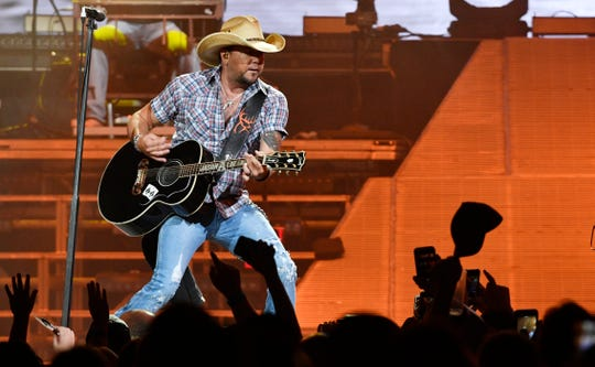 """Jason Aldean has had a stellar year on country radio with """"You Make it Easy"""" and """"Drowns the Whiskey,"""" and he wrapped a sold-out city arena and amphitheater tour in September."""