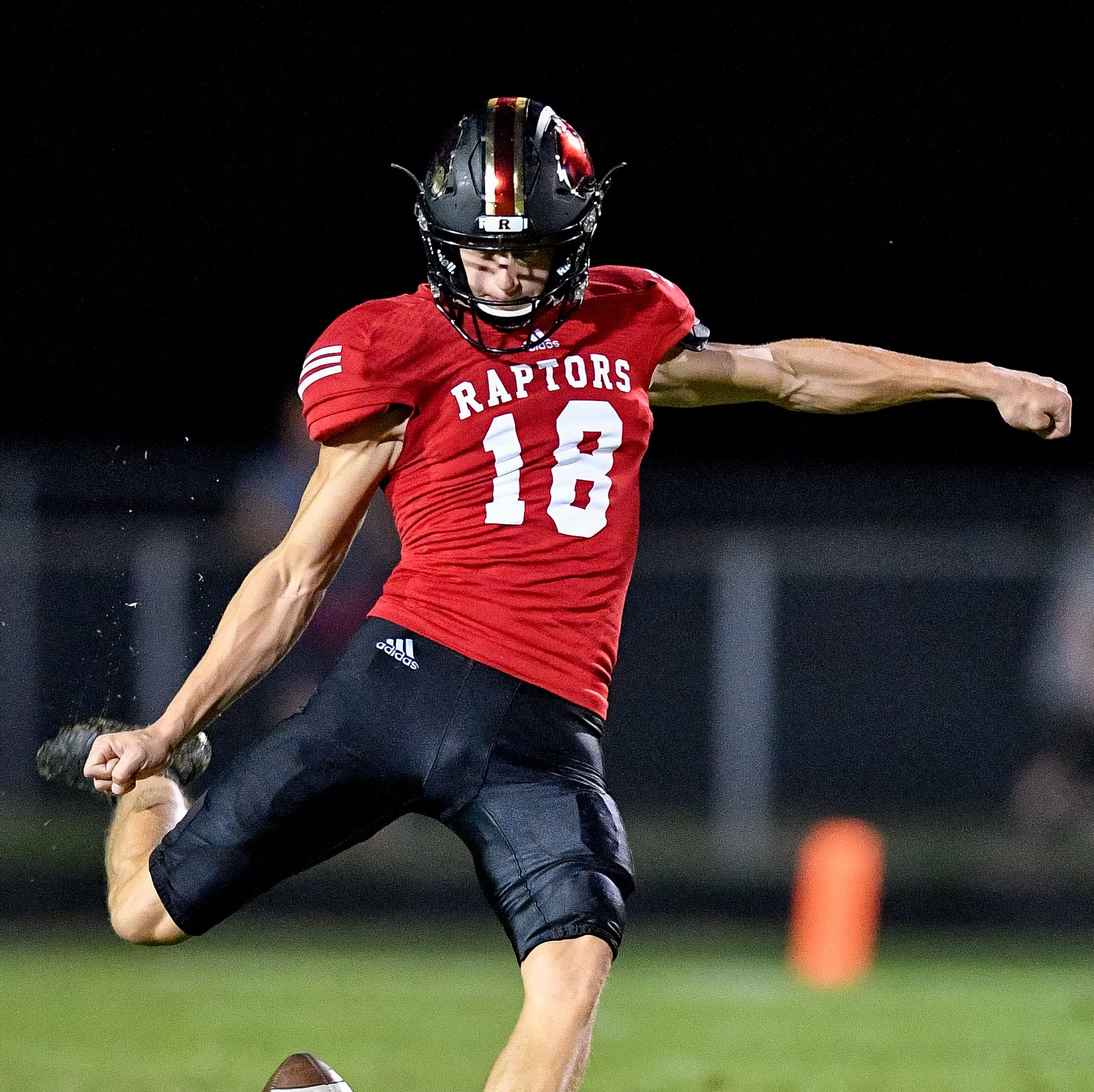 Former NFL star David Akers' son, new to kicking for Ravenwood, has pro football dreams, too