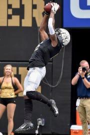 Vanderbilt wide receiver Kalija Lipscomb (16) receives a pass for a touchdown against Nevada during the second half at Vanderbilt University in Nashville, Tenn., Saturday, Sept. 8, 2018.