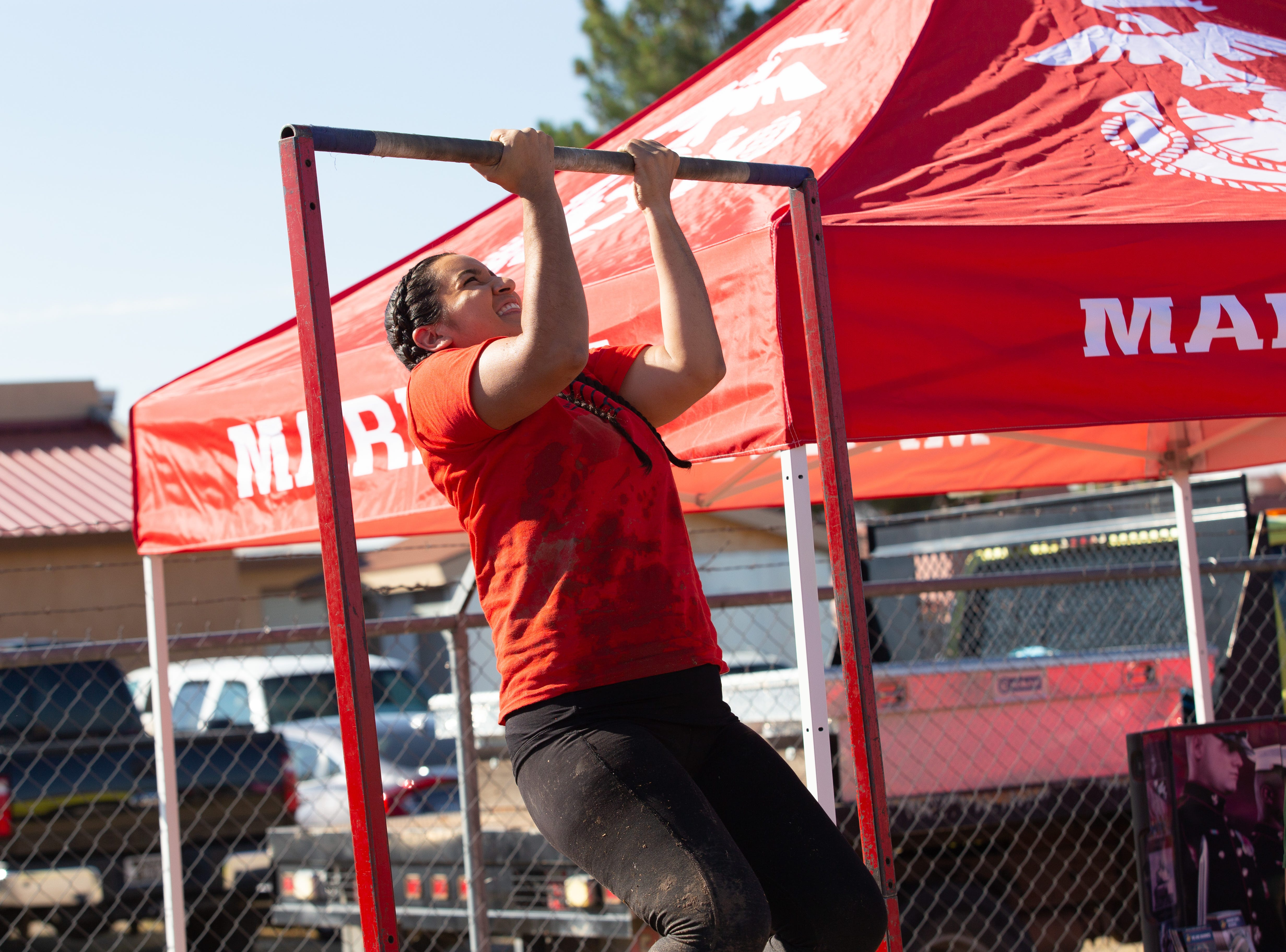 Veronica Sambrano tests her endurance at the Marine Corp challenge during the 9th Annual Mudd Volleyball tournament on September 8, 2018.