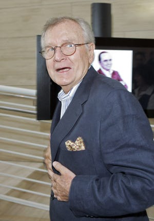 """Bill Daily arrives for TV Land's 35th anniversary tribute to """"The Bob Newhart Show"""" in 2007."""