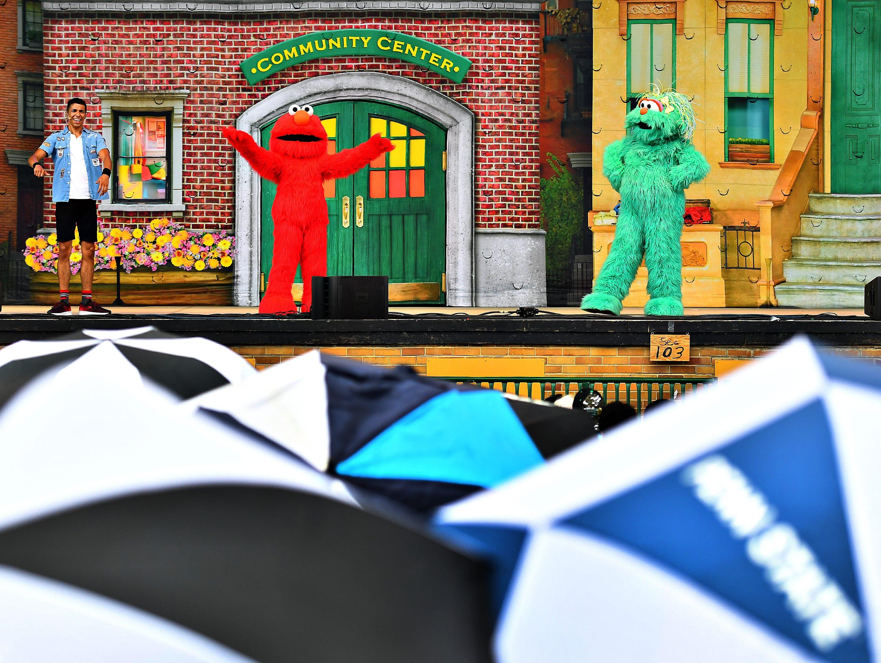 Sesame Street Live performs at York Fair, Saturday, Sept. 8, 2018. Dawn J. Sagert photo
