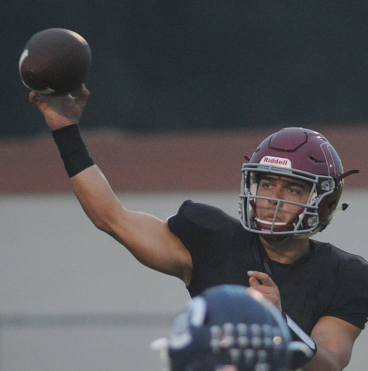 Oxnard QB Walea named Player of the Year for Pacific View League