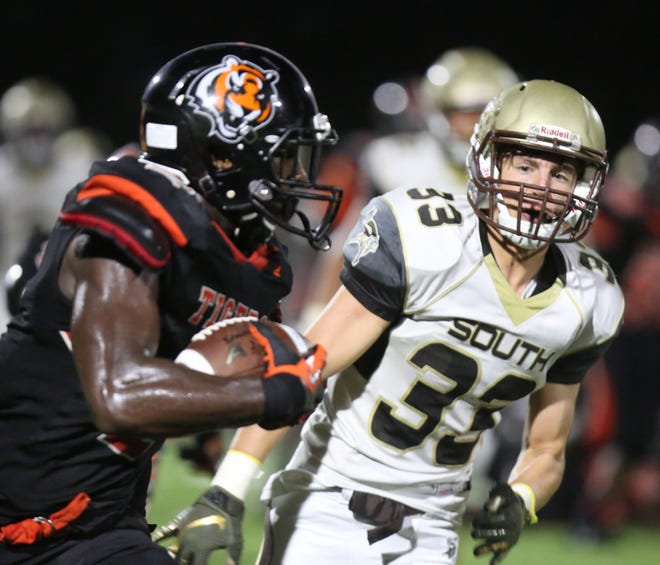 Clarkstown South plays Spring Valley during football game at Spring Valley High School on Sept. 7, 2018.