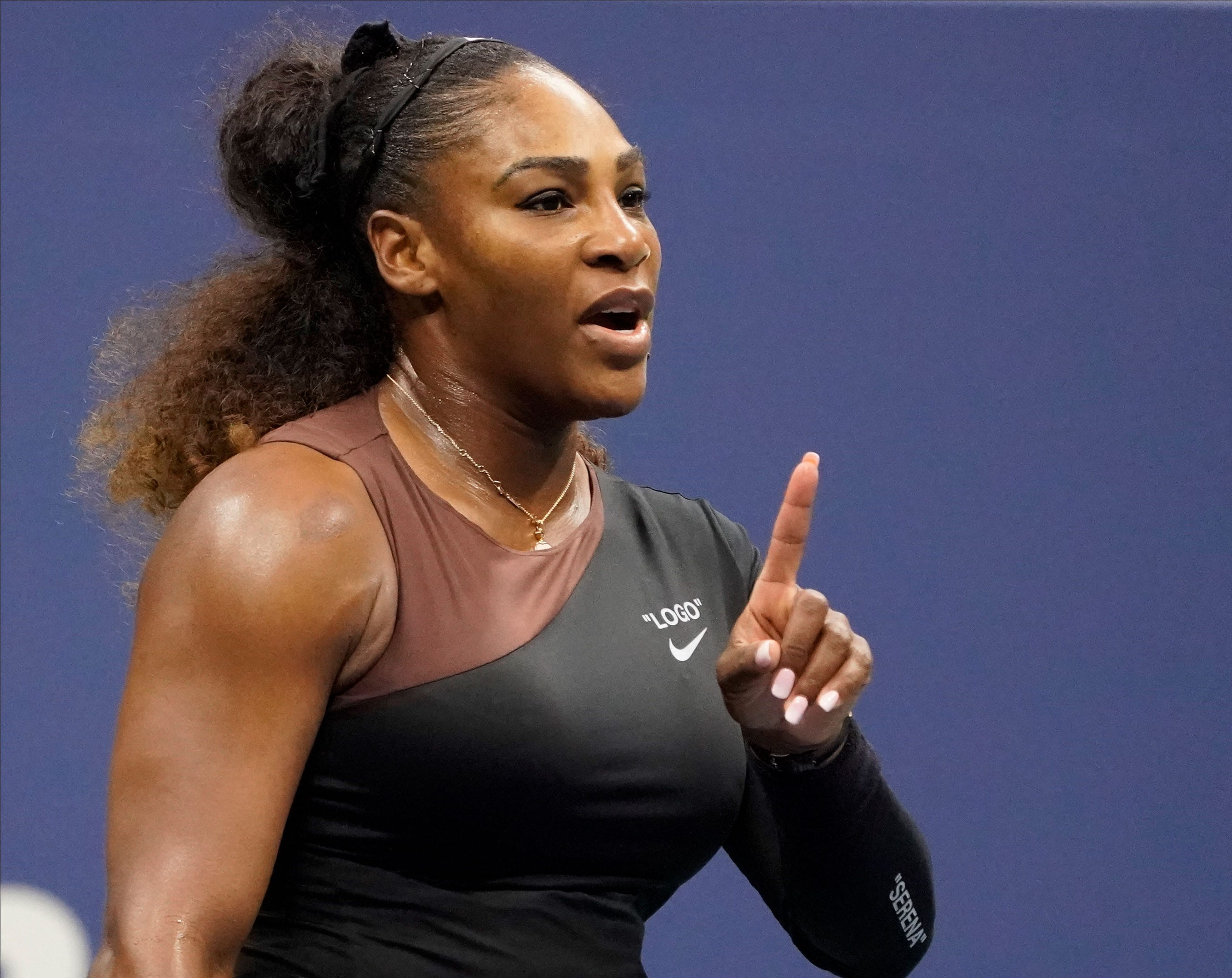 Serena Williams gets game penalty after calling chair umpire a thief