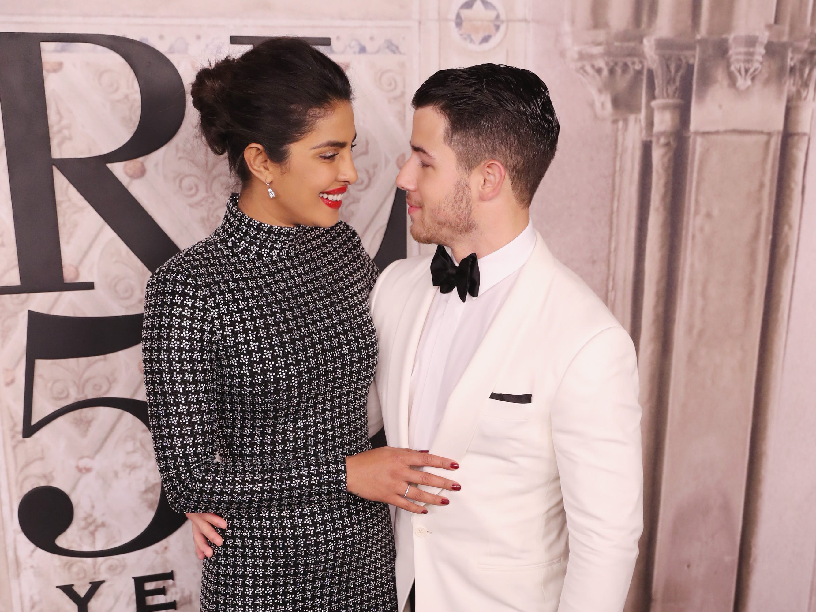 NEW YORK, NY - SEPTEMBER 07:  Priyanka Chopra and Nick Jonas attend the Ralph Lauren fashion show during New York Fashion Week at Bethesda Terrace on September 7, 2018 in New York City.  (Photo by Rob Kim/Getty Images) ORG XMIT: 775216294 ORIG FILE ID: 1028930988
