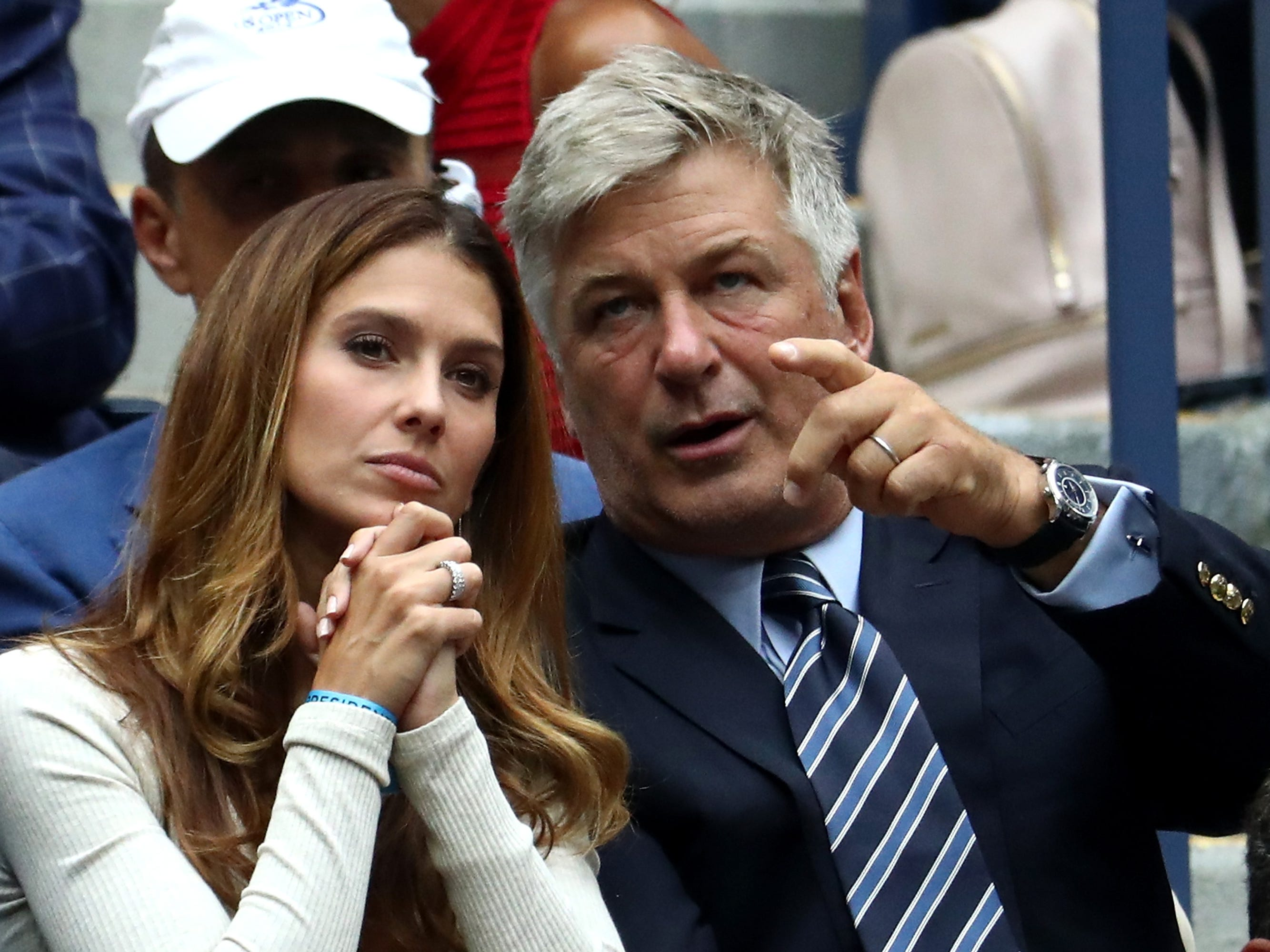 Hilaria and Alec Baldwin take in men's semifinal action at the US Open.