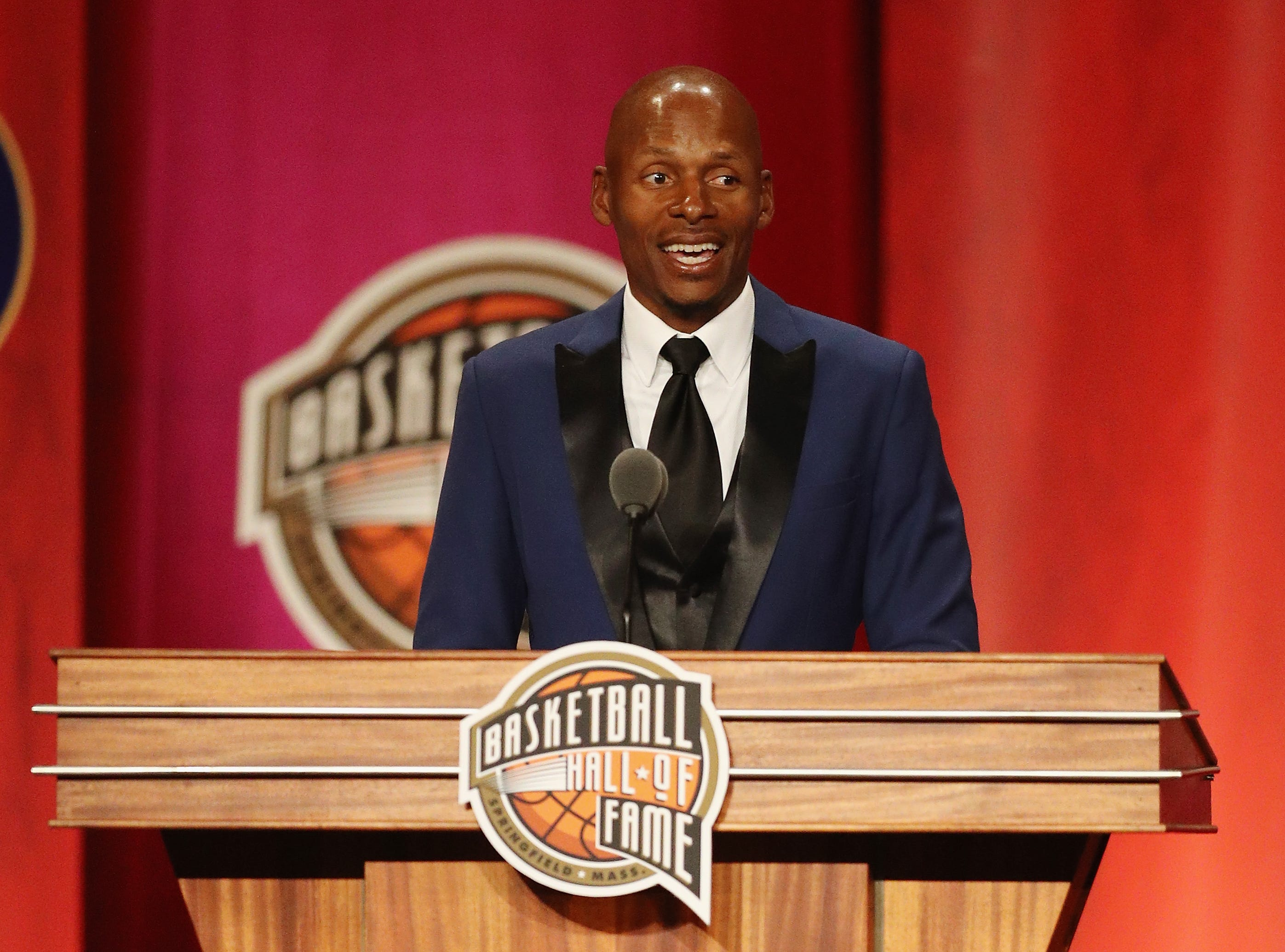 Ray Allen speaks during the 2018 Basketball Hall of Fame Enshrinement Ceremony.