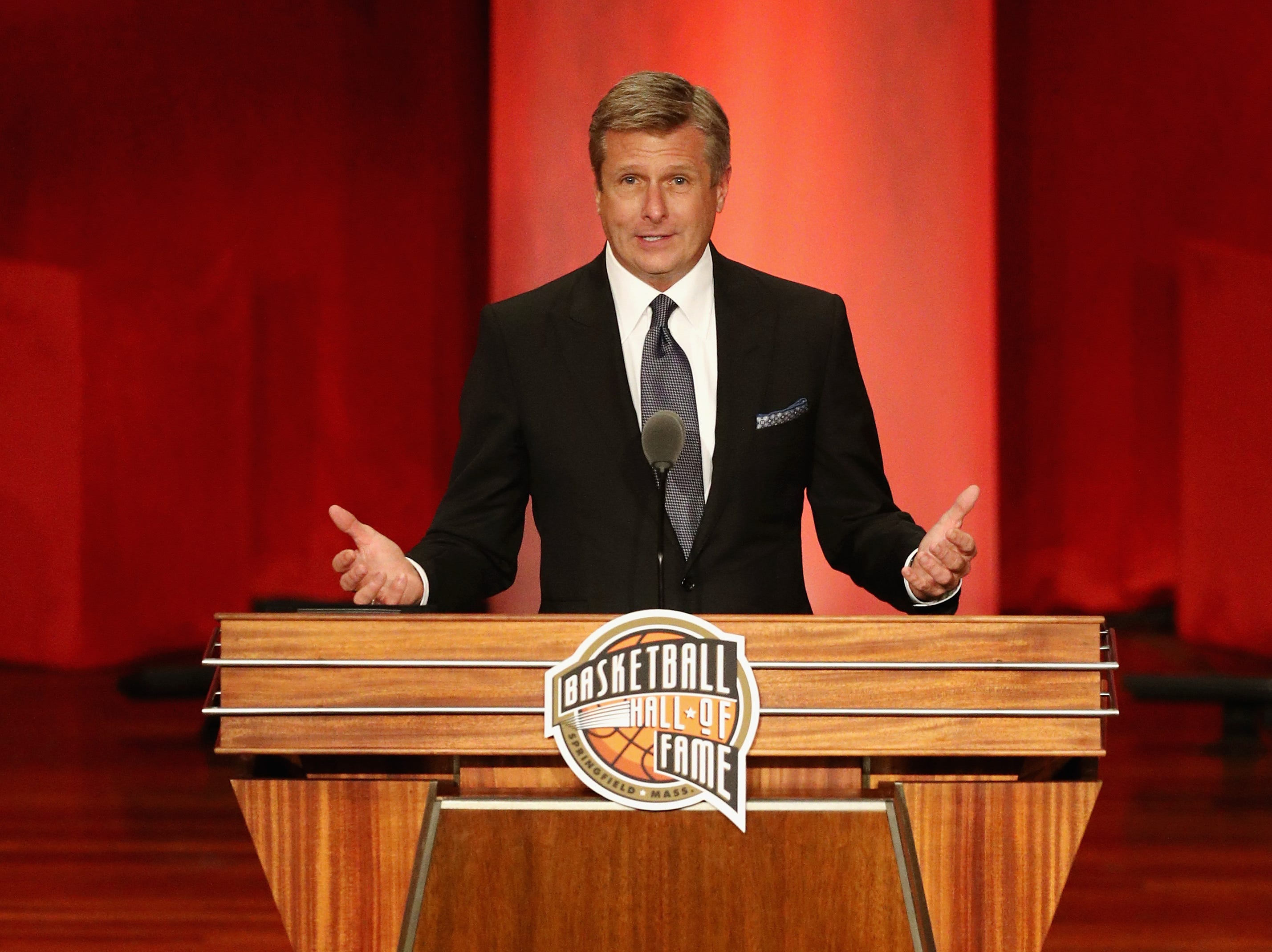 Rick Welts speaks during the 2018 Basketball Hall of Fame Enshrinement Ceremony.