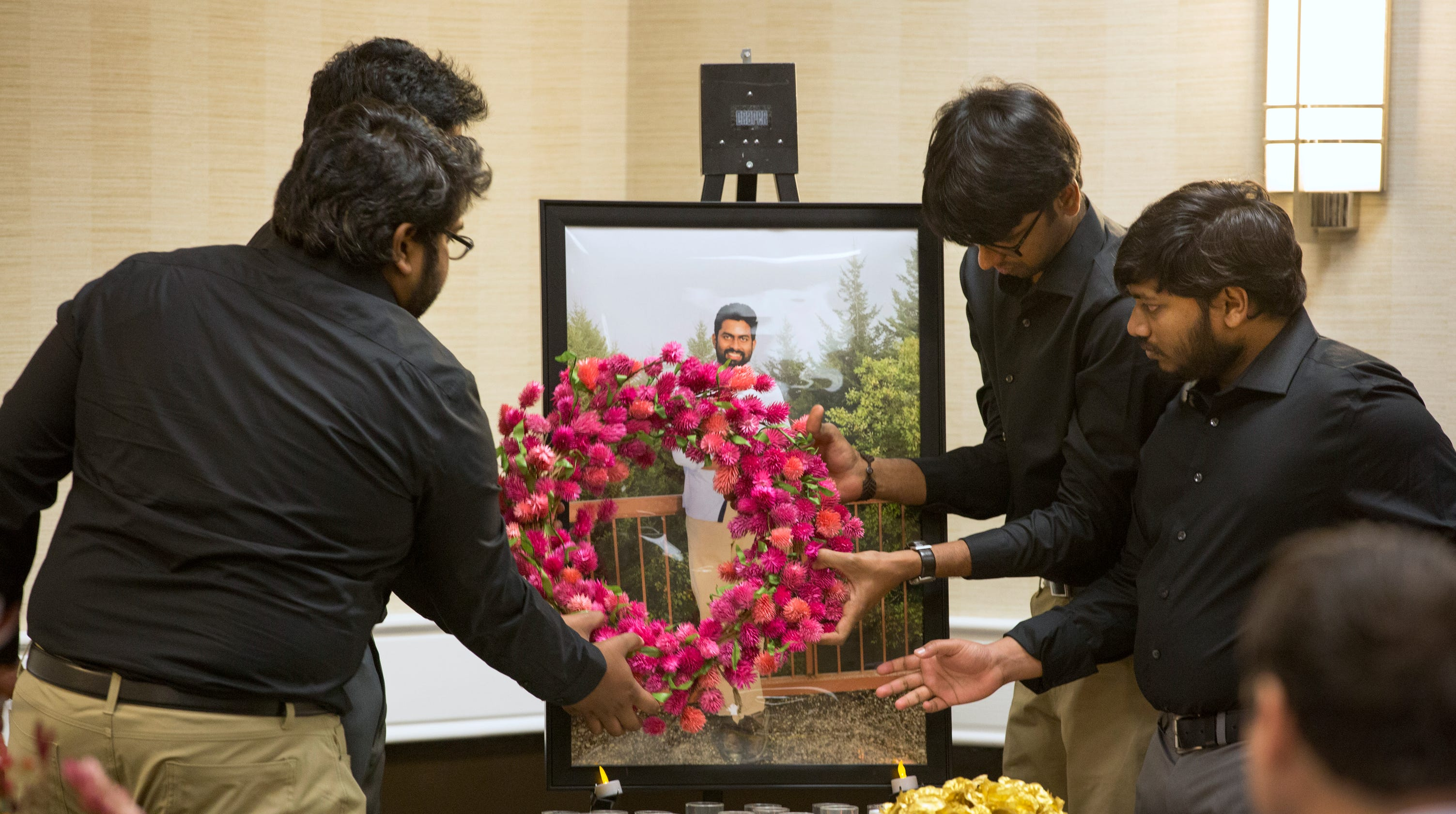 Cincinnati shooting prudhvi raj kandepis friends hold memorial spiritdancerdesigns Images
