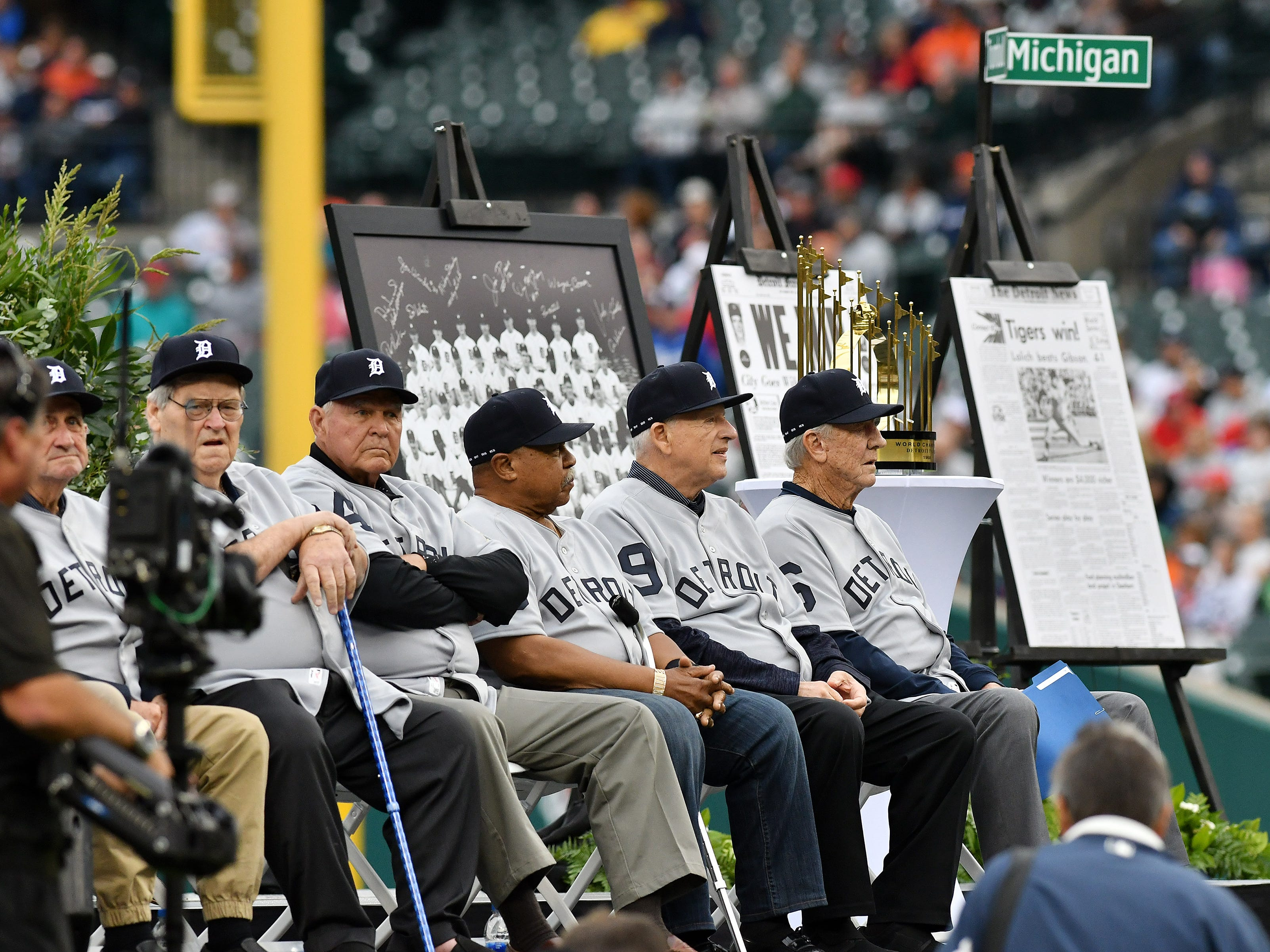 Members of the 1968 Tigers on the stage.