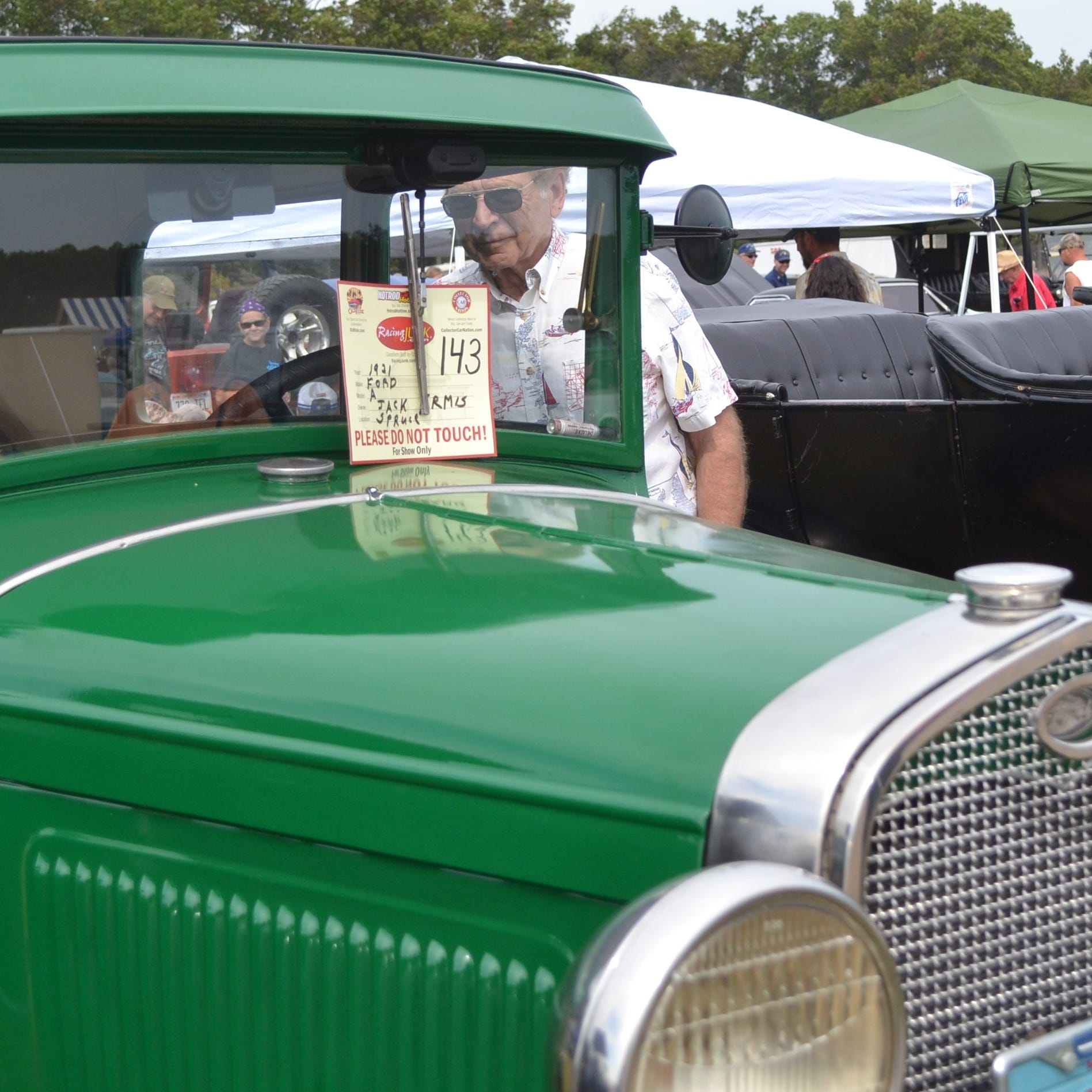 Why are more than 275 cars expected at the Oconto fly-in? Because word gets around.